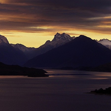 Lake Wakatipu at sunset - Queenstown, South Island